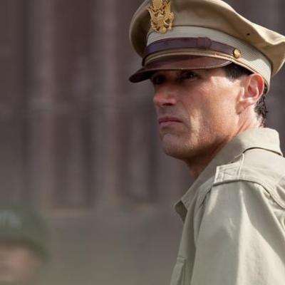 O Μάθιου Φοξ στο ρόλο του στρατηγού Φέλερς!
