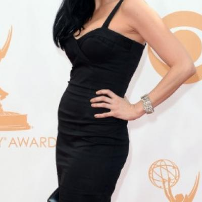 Ποια τηλεοπτική σταρ έλαμψε με φόρεμα 60 δολαρίων στο κόκκινο χαλί των Emmy;