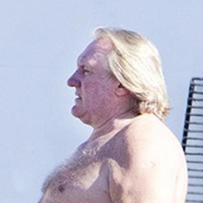 Δείτε τον Gerard Depardieu με μαγιό