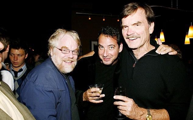 ΑΠΟΚΑΛΥΨΗ-ΣΟΚ: «Είμαι ο gay εραστής του Philip Seymour Hoffman. Eίχαμε σχέση»