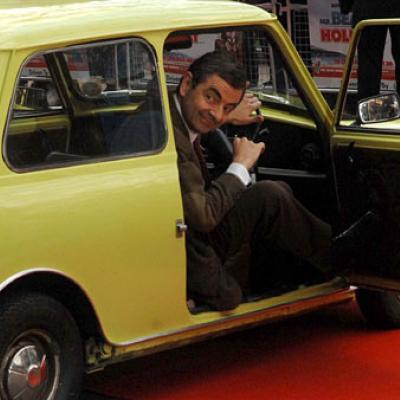 Το πραγματικό αυτοκίνητο του Mr. Bean θα σας αφήσει με το στόμα ανοιχτό!