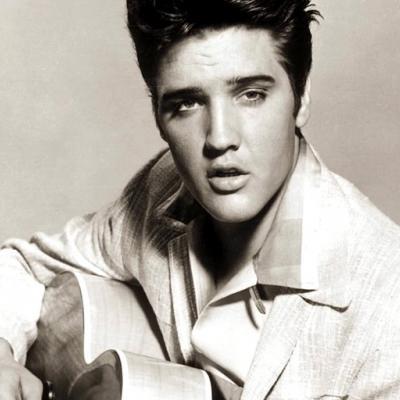 Ποιος θα σκηνοθετήσει τη βιογραφία του Elvis Presley στη μεγάλη οθόνη;