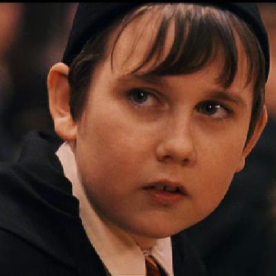 Δείτε πώς έγιινε ο Neville από το Χάρι Πότερ!