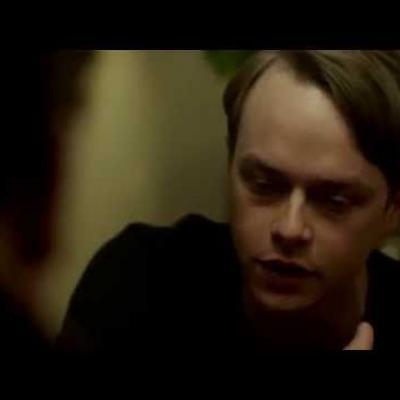 Ο Dane DeHaan έχει σχέση με ένα ζόμπι στο «Life After Beth»