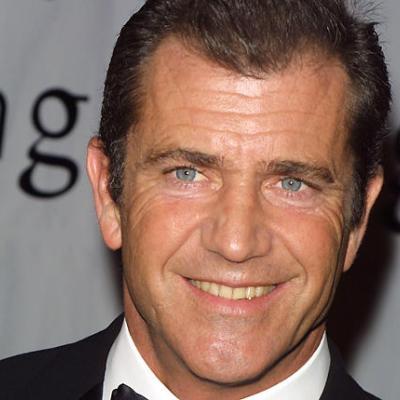 O Mel Gibson στο πλευρό του Shial LaBefouf!