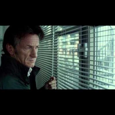 Άφθονη δράση και ξύλο με τον Sean Penn στο «Gunman»