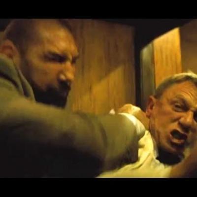 Daniel Craig εναντίον Dave Bautista στο νέο απόσπασμα του «Spectre»