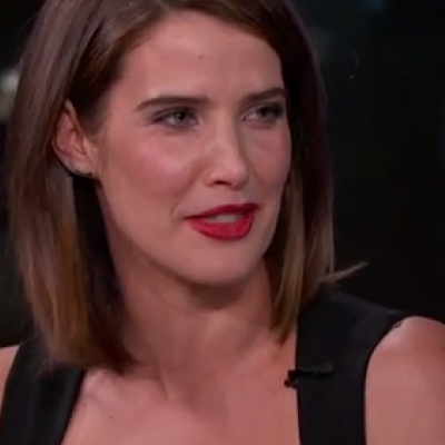 H Cobie Smulders άλλαξε στο αυτοκίνητο για τη πρεμιέρα των Avengers!
