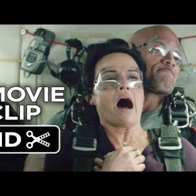 H Carla Gugino εμπιστεύεται τη ζωή της στον Dwayne Johnson στο «San Andreas»