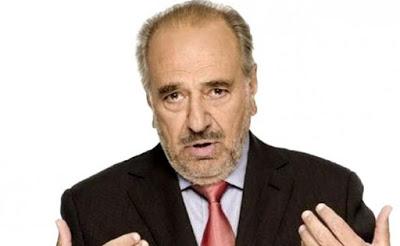 Δημήτρης Καλλιβωκάς:«Ο Χατζηχρήστος ήταν μέγας και καταπιεστικός εραστής. Πίεζε πολλές κοπέλες…»