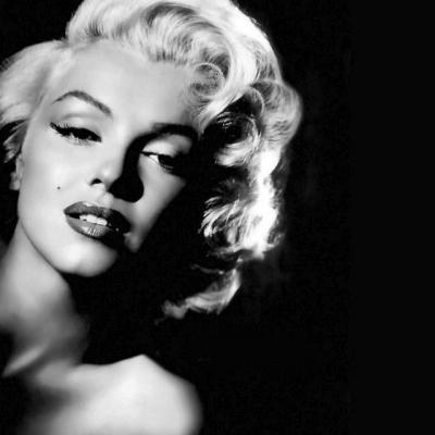 Δε θα πιστεύετε πως ήταν η Marilyn Monroe πριν γίνει ξανθιά και διάσημη!