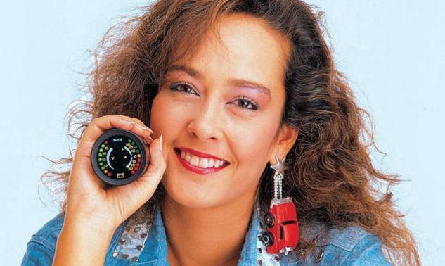 Τέτα Ντούζου: Δείτε πως είναι και τι κάνει σήμερα το όμορφο κορίτσι των ταινιών της δεκαετίας του '80