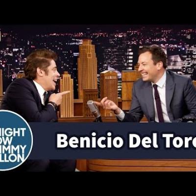 O Benicio Del Toro έσπασε τον καρπό του όταν ο Tommy Lee Jones έπεσε πάνω του