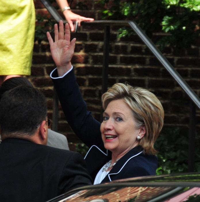 H Hillary Clinton «επιστρατεύει» το… Hollywood για την προεκλογική της καμπάνια
