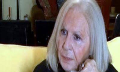 Μπέτυ Βαλάση: «Για έναν χρόνο μόνο έκλαιγα και έλεγα ότι πρέπει να πεθάνω, να αυτοκτονήσω»
