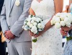 Πάτμος: Γνωστό ζευγάρι παντρεύεται κρυφά στο νησί!