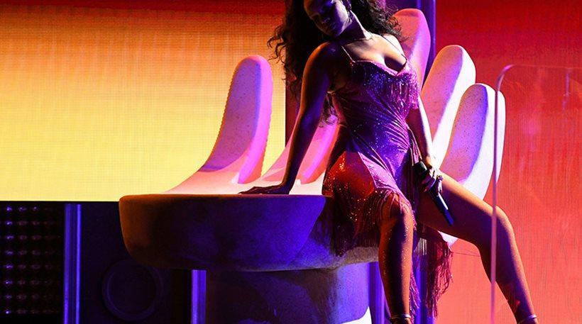 Grammys: Ο «καυτός» χορός της RiRi, η τρολιά της Χίλαρι για τον Τραμπ και η ντίβα Blue Ivy