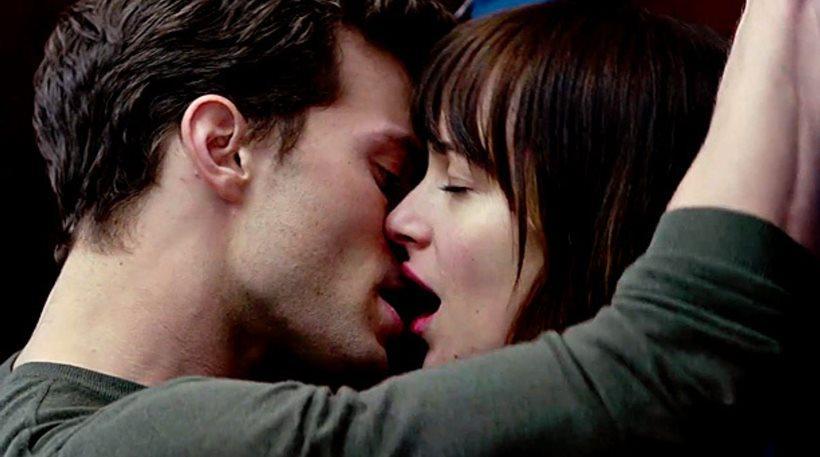 Το νέο trailer του Fifty Shades Freed έχει σεξ, βία και έρωτα