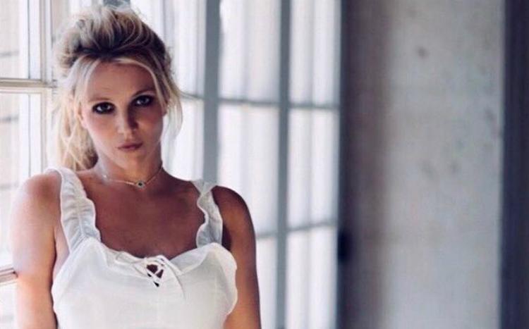 H Britney Spears κάνει… μνεία στην Selena Gomez