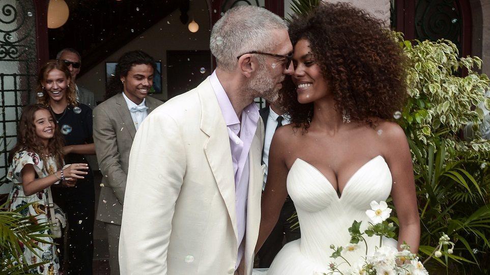 Ο Βενσάν Κασέλ παντρεύτηκε την κατά 30 χρόνια νεότερη σύντροφό του Τίνα Κιουνάκι