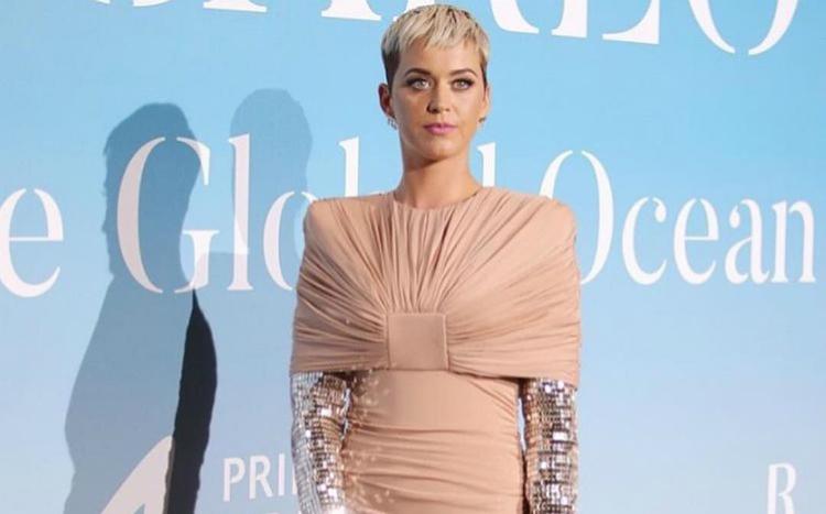 H Katy Perry και ο Orlando Bloom κάνουν το ντεμπούτο τους στο κόκκινο χαλί