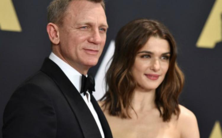 Έγινε μπαμπάς στα 50 του ο Daniel Craig
