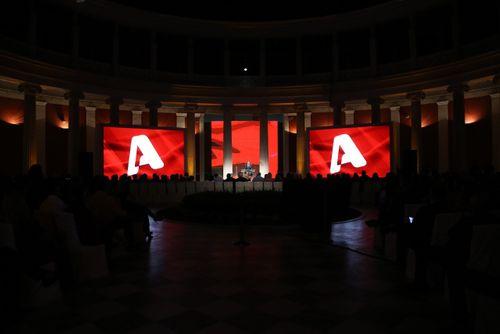 Έκλεισαν στη νέα κωμωδία του ALPHA, ''Σπίτι είναι...''