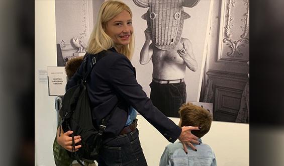 Φαίη Σκορδά: Ποζάρει ως μοντέλο... στο φακό του γιου της!