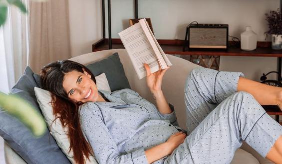 Χριστίνα Μπόμπα: Αποκάλυψε πόσο έχει μεγαλώσει η κοιλίτσα της!