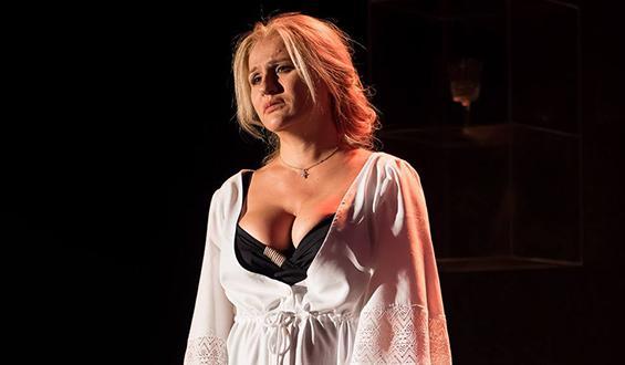 Μπέσσυ Μάλφα: Έξαλλη η ηθοποιός - Η δημόσια καταγγελία της